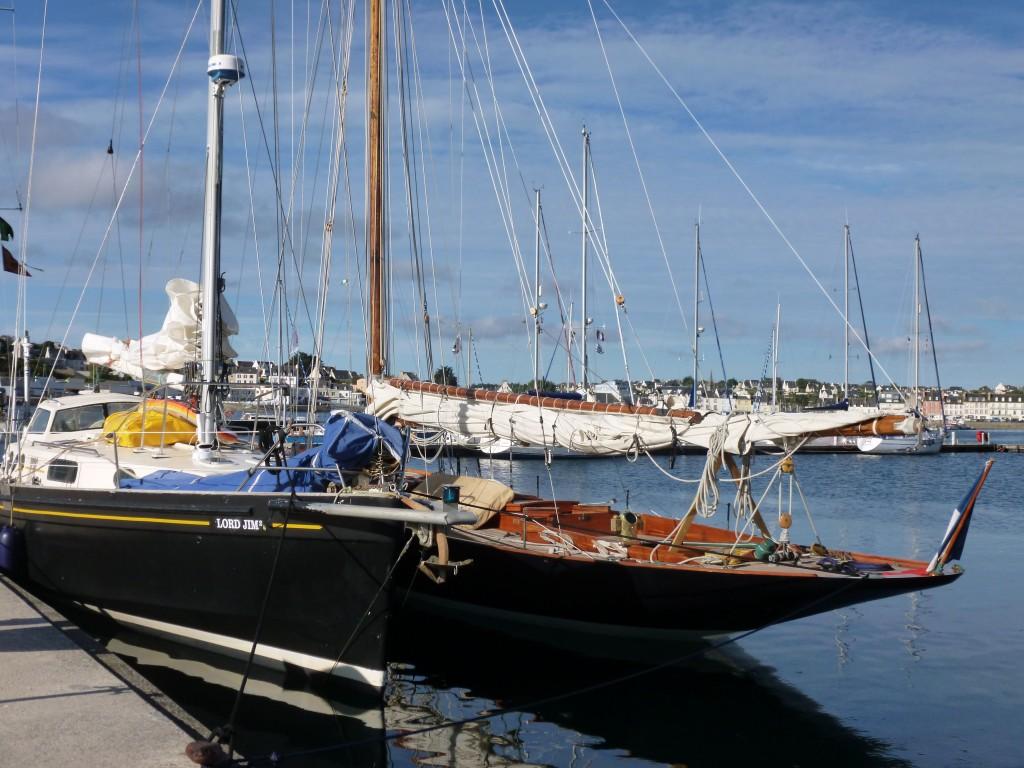 Encontre de coques noires : Lord Jim & Pen Duick 1 font relâche à Camaret