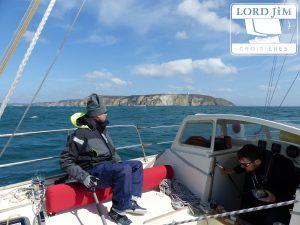 Navigation à la voile au large de Groix